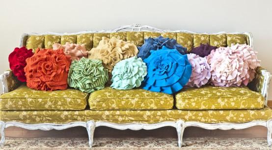 Vintage Couch - Sugar & Cloth