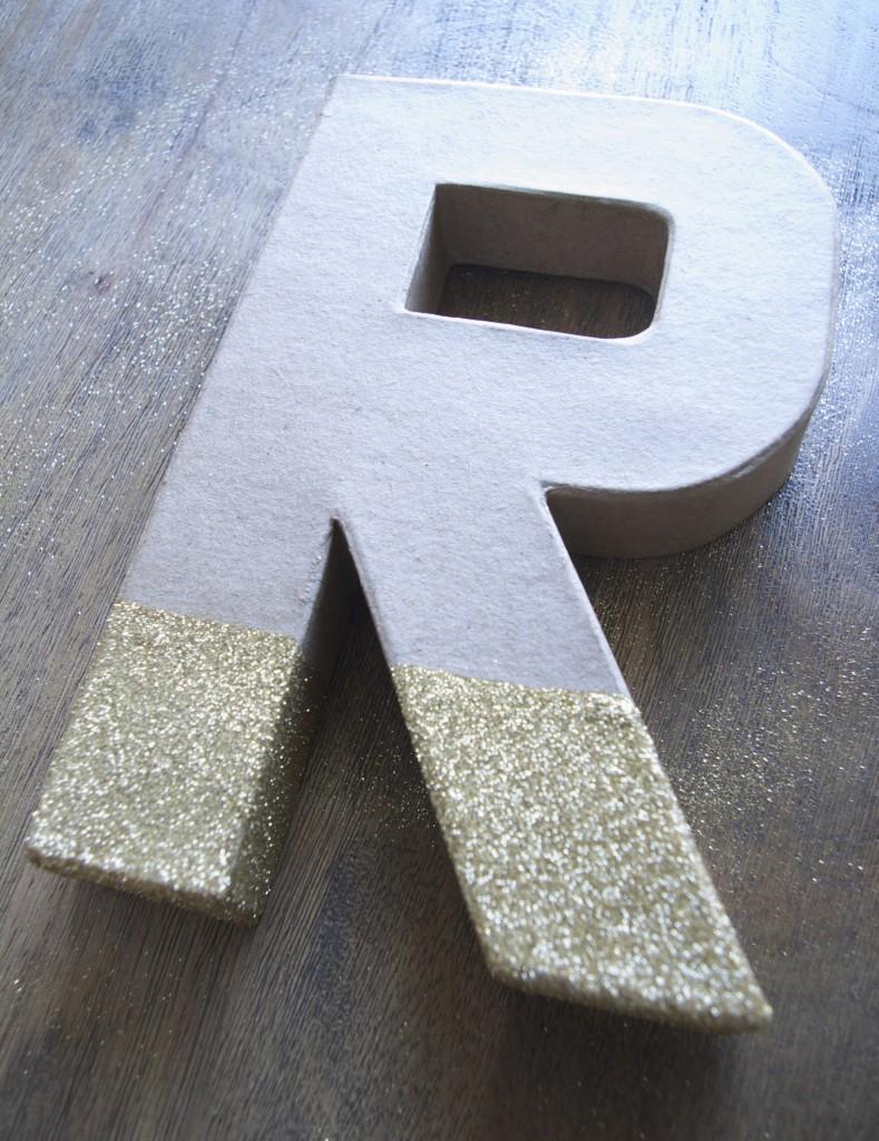 DIY glittered monogram wreath