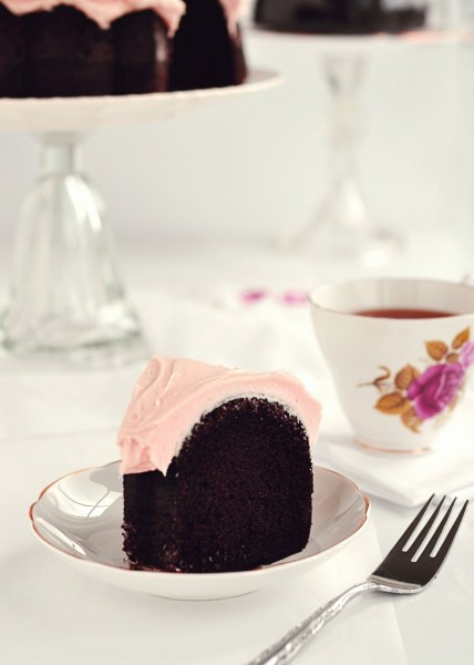 Eats // Dark Chocolate & Rosewater Cake