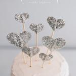 DIY // Glitter Hearts Cake Topper