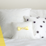 DIY // Simple Bow Pillow