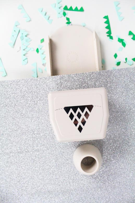 DIY Paper Punch Backdrop and a Recipe - Sugar & Cloth - Houston Blogger - Holiday - St. Patrick's Day