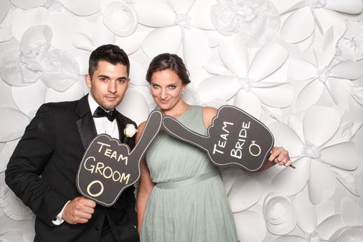 DIY Paper Flower Backdrop - Sugar & Cloth - Houston Blogger - Wedding - Backdrop Ideas