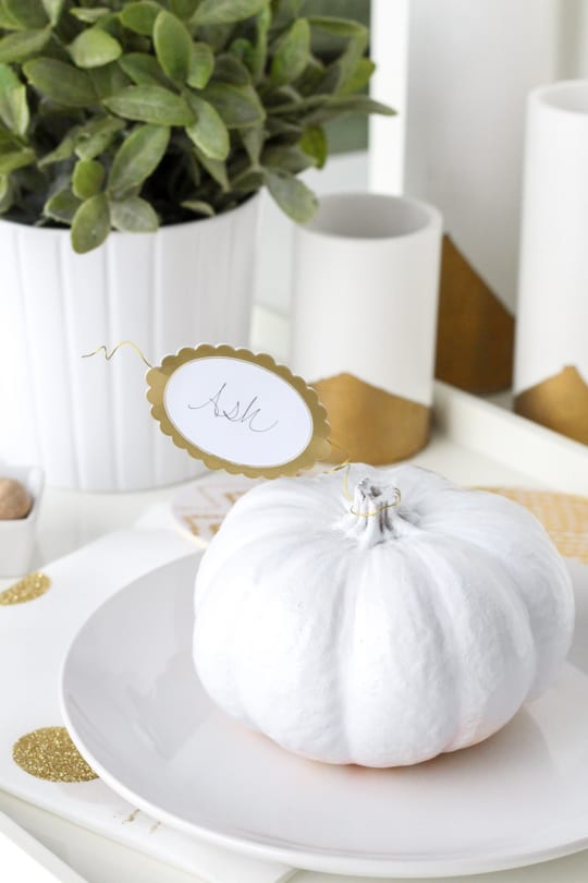 DIY pumpkin leaf place cards - Sugar & Cloth - Entertaining - Holiday - Houston Blogger