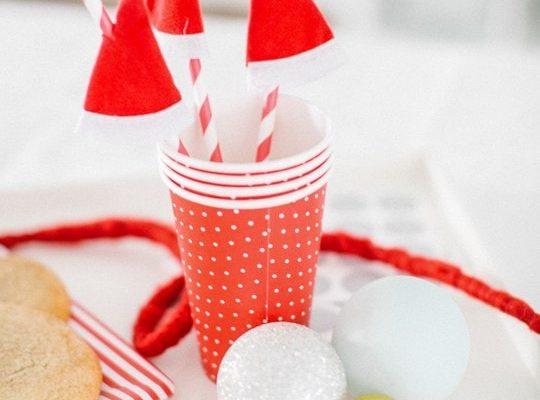 DIY One Minute Santa Hat Drink Stirrers - sugar and cloth