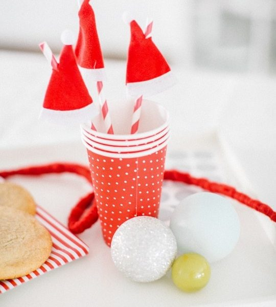 DIY One Minute Santa Hat Drink Stirrers - sugar and cloth