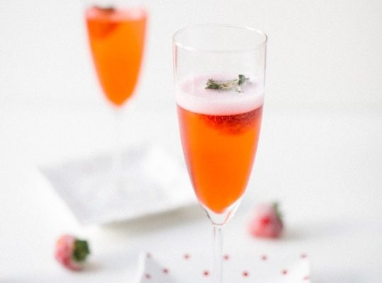 Red Currant Champagne - sugar and cloth