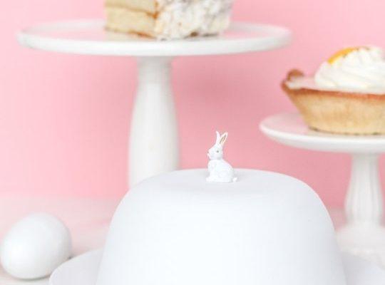 Figurine Cake Dome - Sugar and Cloth