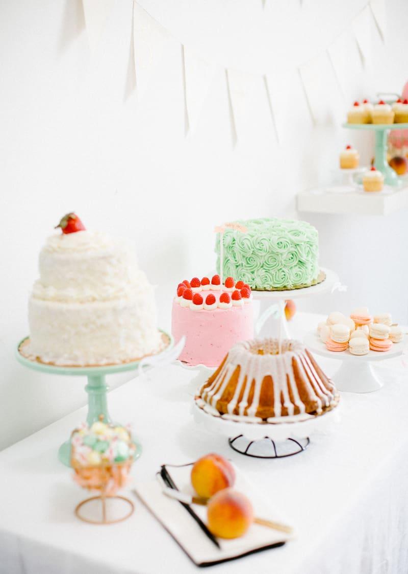 Easter dessert table | sugarandcloth.com