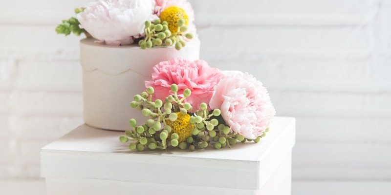 DIY Fresh Flower Gift Boxes - Sugar and Cloth