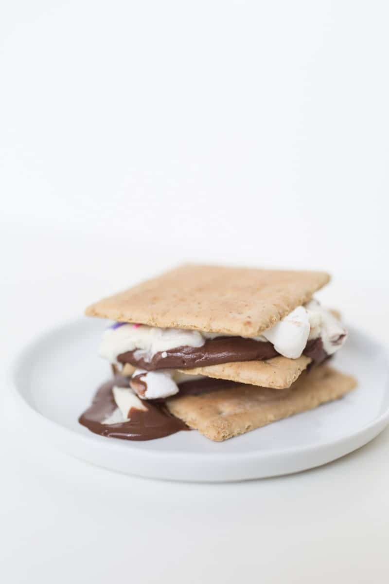 s'mores bark recipe | sugarandcloth.com