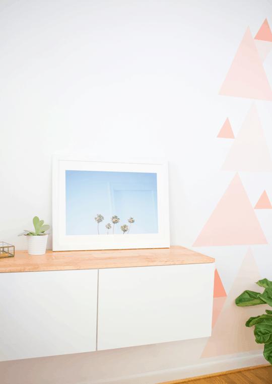 DIY girls room makeover | sugarandcloth.com
