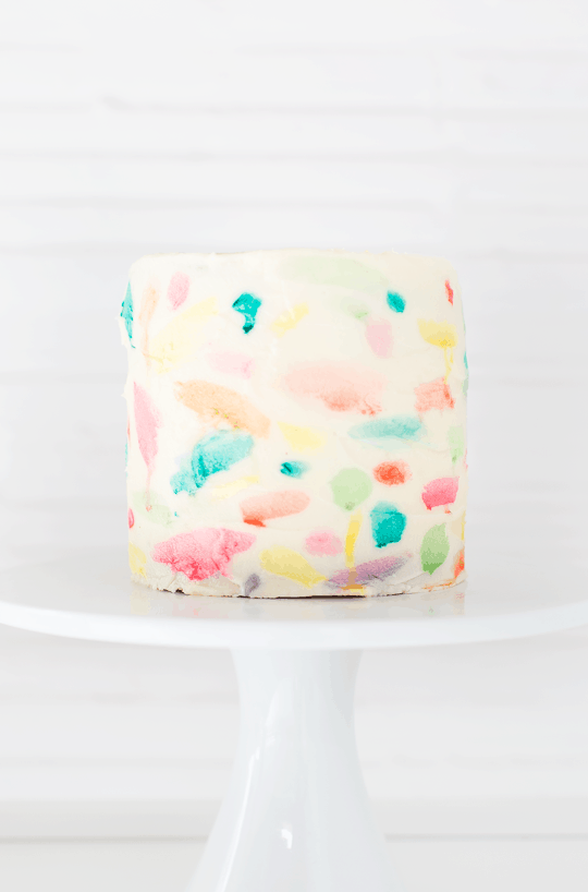 DIY Abstract watercolor painted cake | sugarandcloth.com