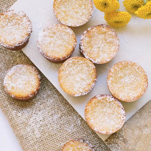 Mini Mochi Cakes Recipe | sugarandcloth.com