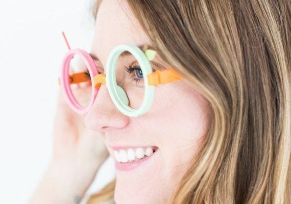 DIY fruit loop glasses costume | sugarandcloth.com