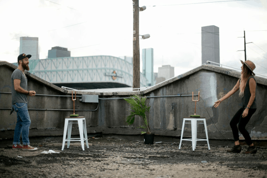 DIY copper washers tailgating yard game   sugarandcloth.com