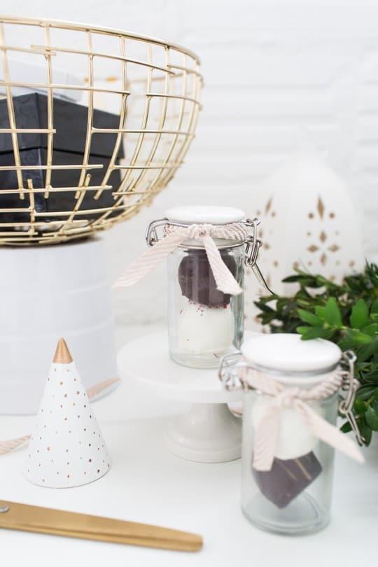 four creative ways to display desserts | sugarandcloth.com