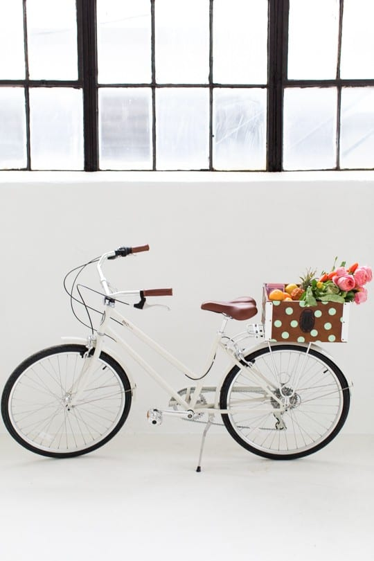 Cruise around in style when Spring and Summer roll around with this DIY polka dot bicycle basket! | sugar & cloth