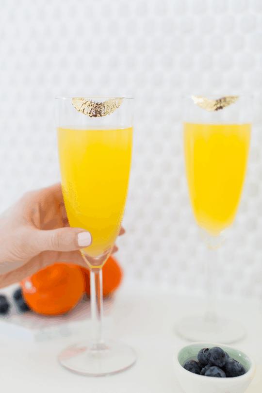 DIY Temporary Edible Gold Lipstick Glasses   Sugar & Cloth