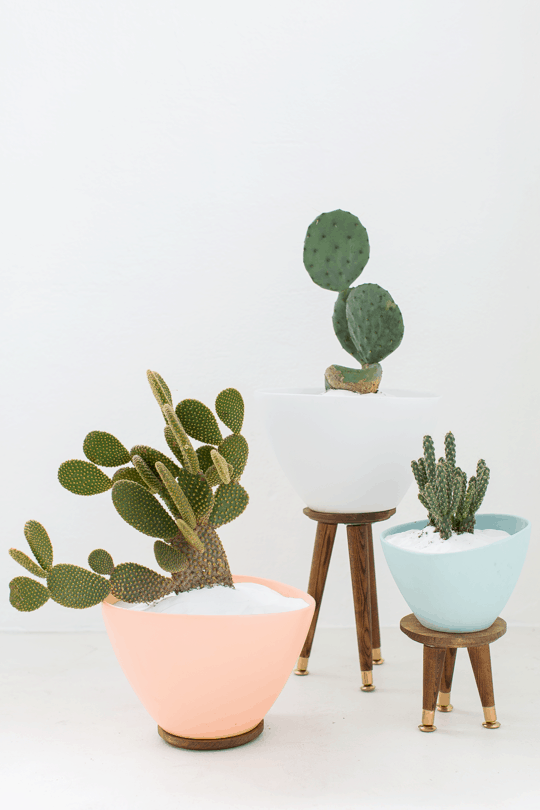 DIY Mid Century Planters by Top Houston Lifestyle Blogger Ashley Rose of Sugar & Cloth - #midcentury #planter #plantlady #cactus #simple #easy #budgetfriendly #diy #diydecor #plantmom #pastel #ikea #modern #moderndiy