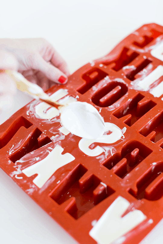 DIY edible chocolate messages | sugar & cloth