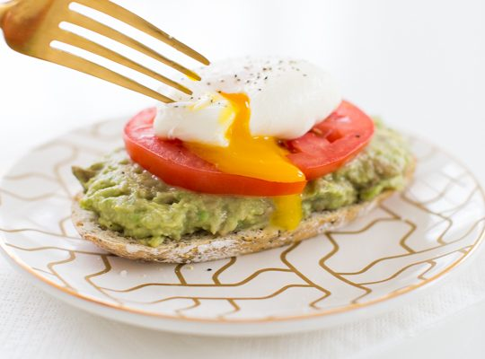how to make a poached egg and three ways to serve them | sugar & cloth