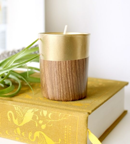 DIY retro faux wood candle | sugar & cloth