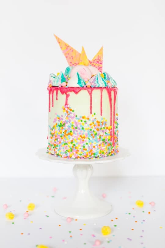 a unicorn strawberry cake recipe | sugar & cloth