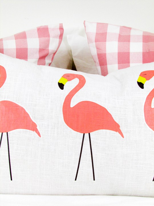 DIY no-sew flamingo lumbar pillow - Sugar & Cloth