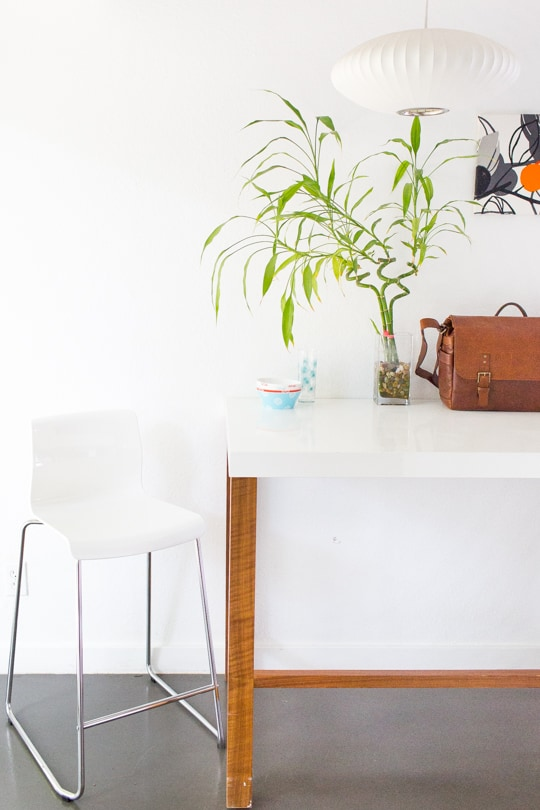 The best budget friendly midcentury HomeAway in Austin - Sugar & Cloth