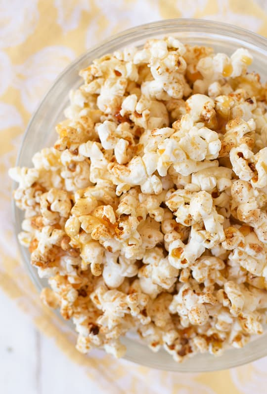 pumpkin pie kettle corn recipe - sugar & cloth