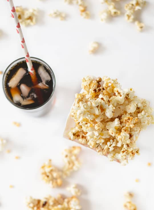 pumpkin pie kettle corn recipe - sugar & cloth