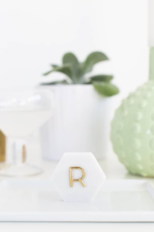 DIY Marble Hexagon Place Cards-2