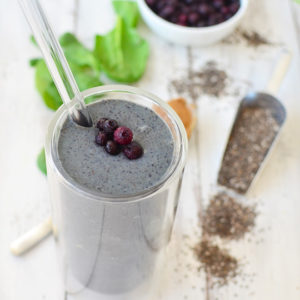 detox green smoothie recipe - sugar and cloth