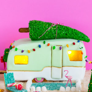 DIY gingerbread camper - sugar and cloth