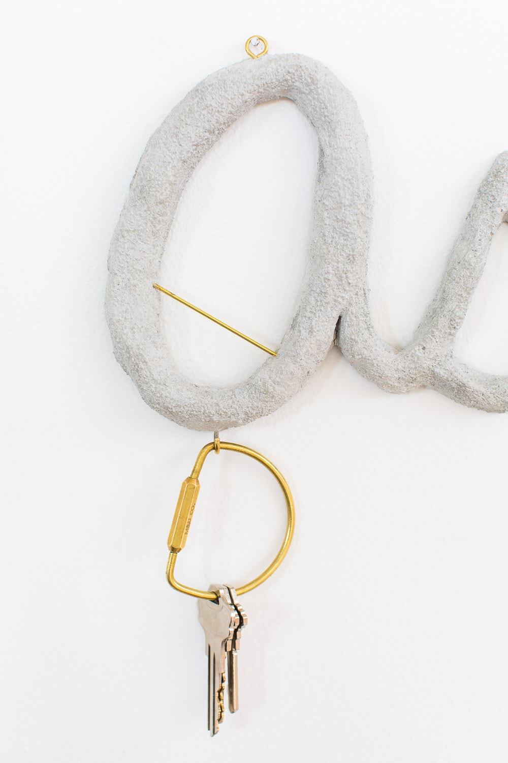DIY hanging cement monogram - sugar and cloth - decor - keyring holder