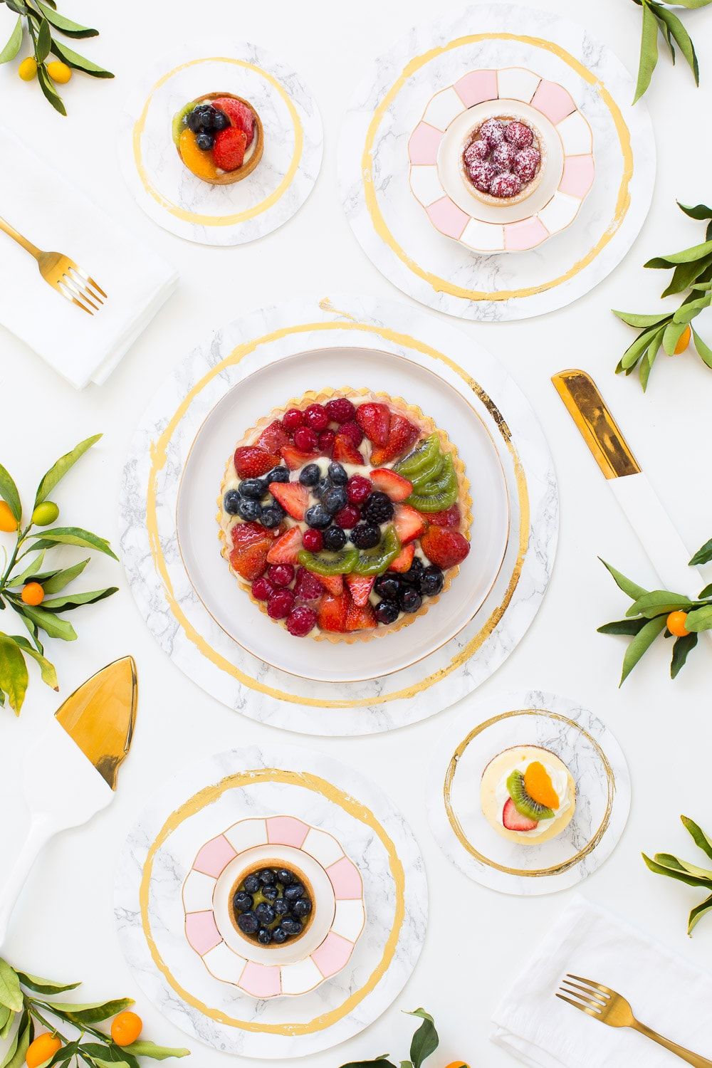 decorative DIY marble plates - sugar and cloth - weddings - entertaining