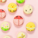 DIY Easter Macarons & Paintable Royal Icing Recipe