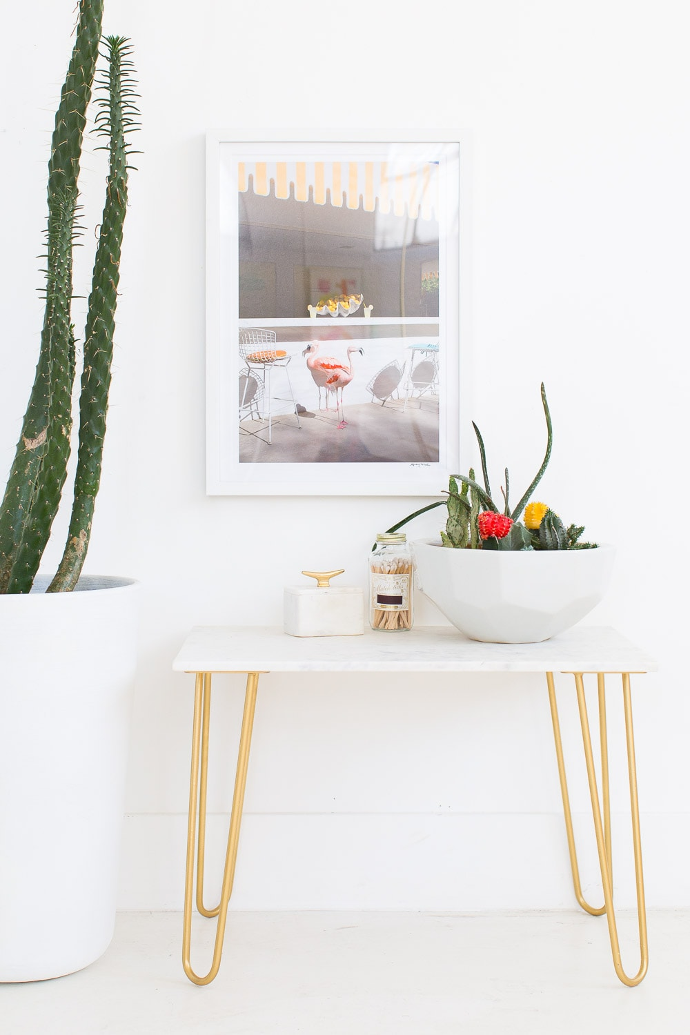 Marble Table Top DIY with Gold Accents- sugar and cloth - home decor ideas by Houston Blogger Ashley Rose #homedecor #decor #gold #diy #doityourself #tabletop #marble #sidetable #table