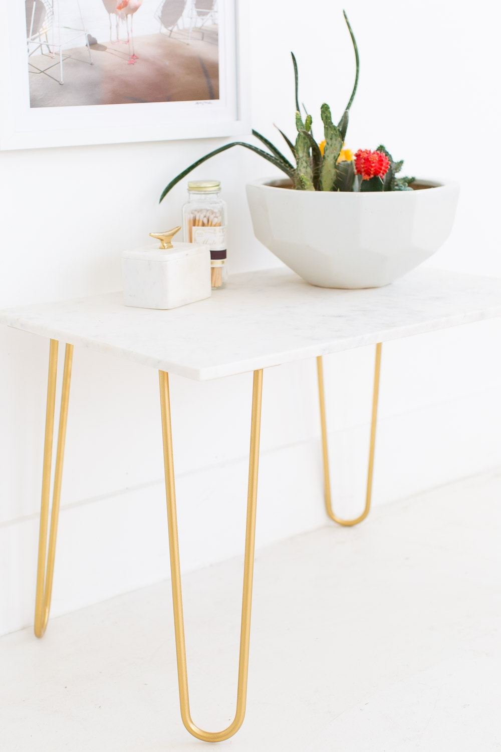 DIY marble table top and gold side table - sugar and cloth - home decor ideas by Houston blogger Ashley Rose #homedecor #gold #diy #doityourself #tabletop #marble #sidetable #table