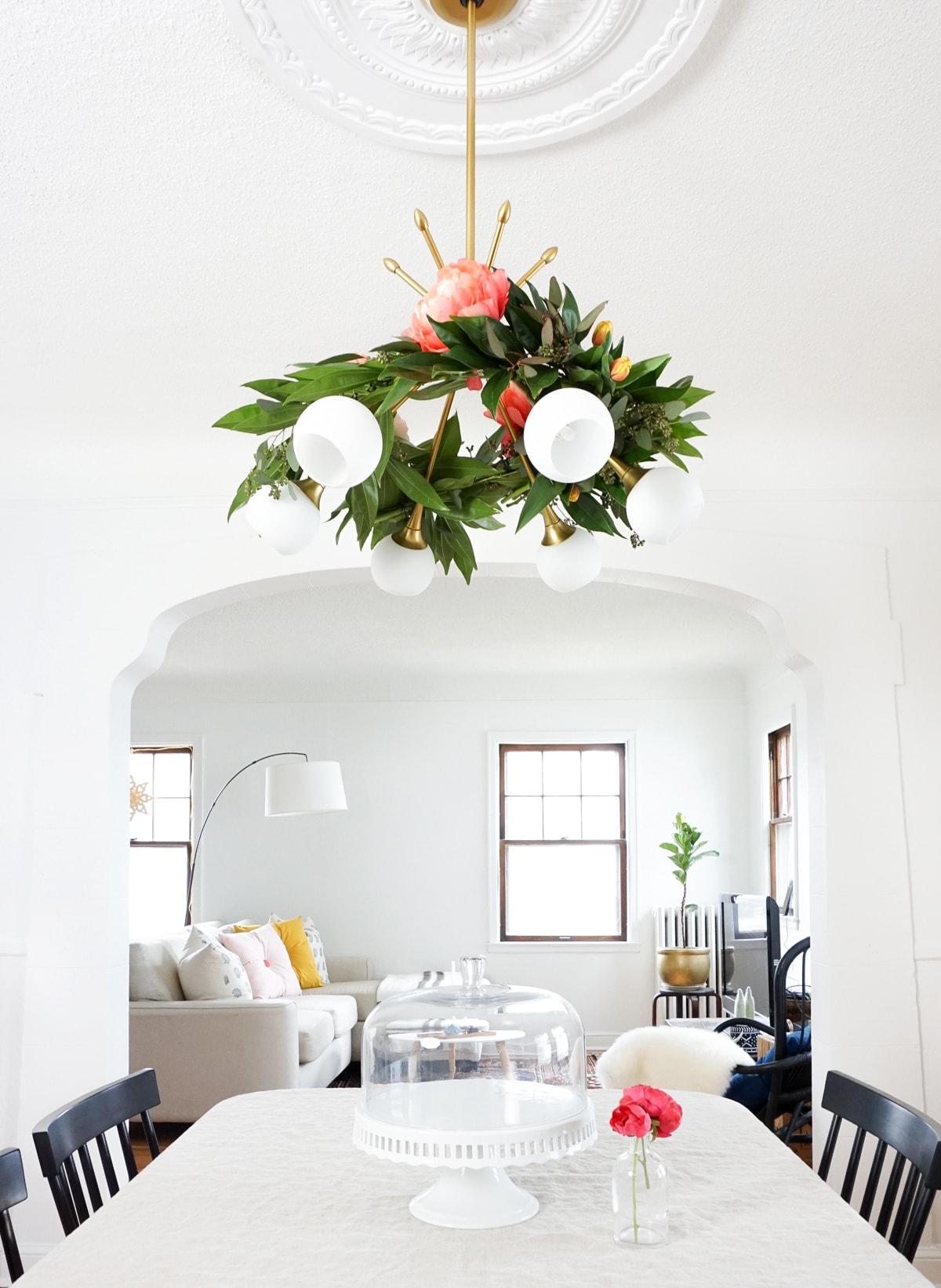 DIY Floral Chandelier Garland Sugar Cloth - Beautiful diy white flowers chandelier