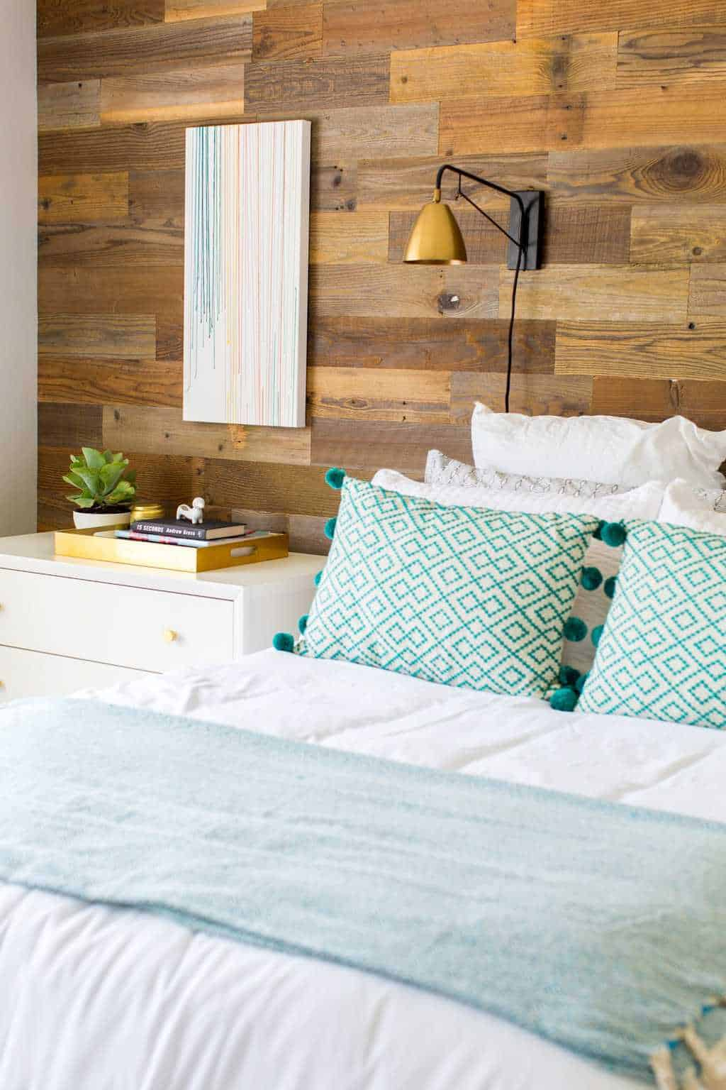 A before and after simple bedroom makeover as a gift to our fam! - sugar and cloth - home decor - best DIY blog - houston - ashley rose
