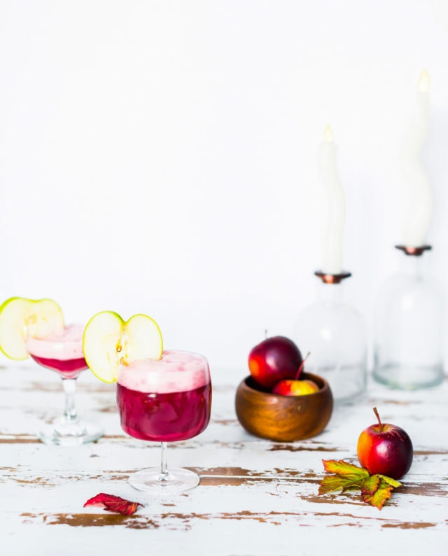 Fall Poisoned Apple Cocktail - Sugar & Cloth - cocktail - thanksgiving