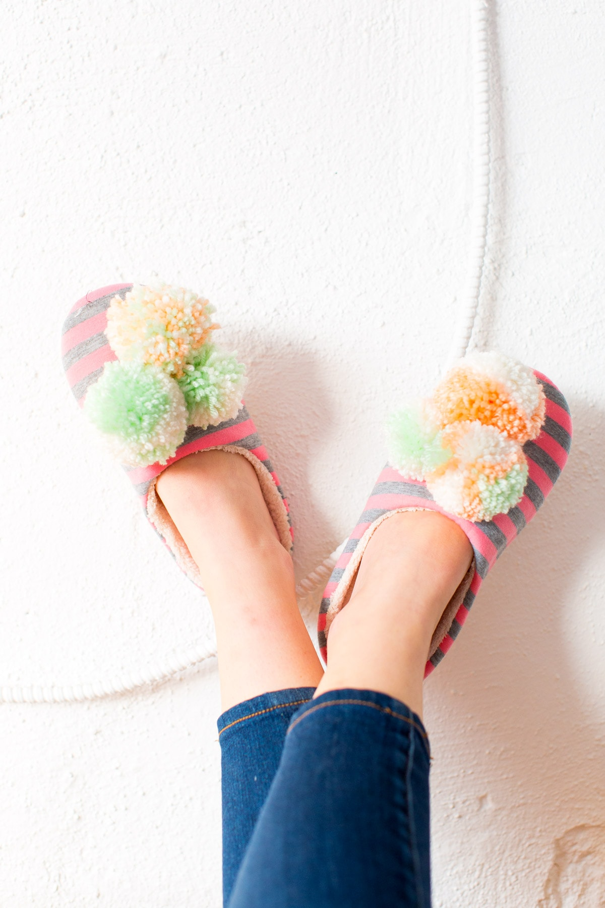 DIY pom pom slippers for Winter by lifestyle blogger and DIY blogger Ashley Rose of Sugar & Cloth