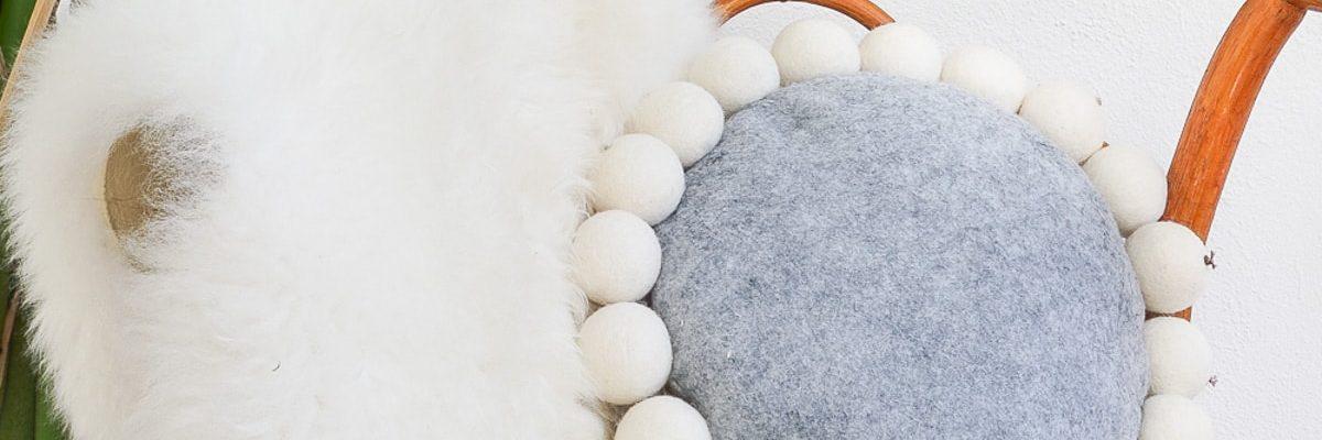 DIY Snowball Pillow - Sugar & Cloth - Houston Blogger - DIY - Home Decor - Winter