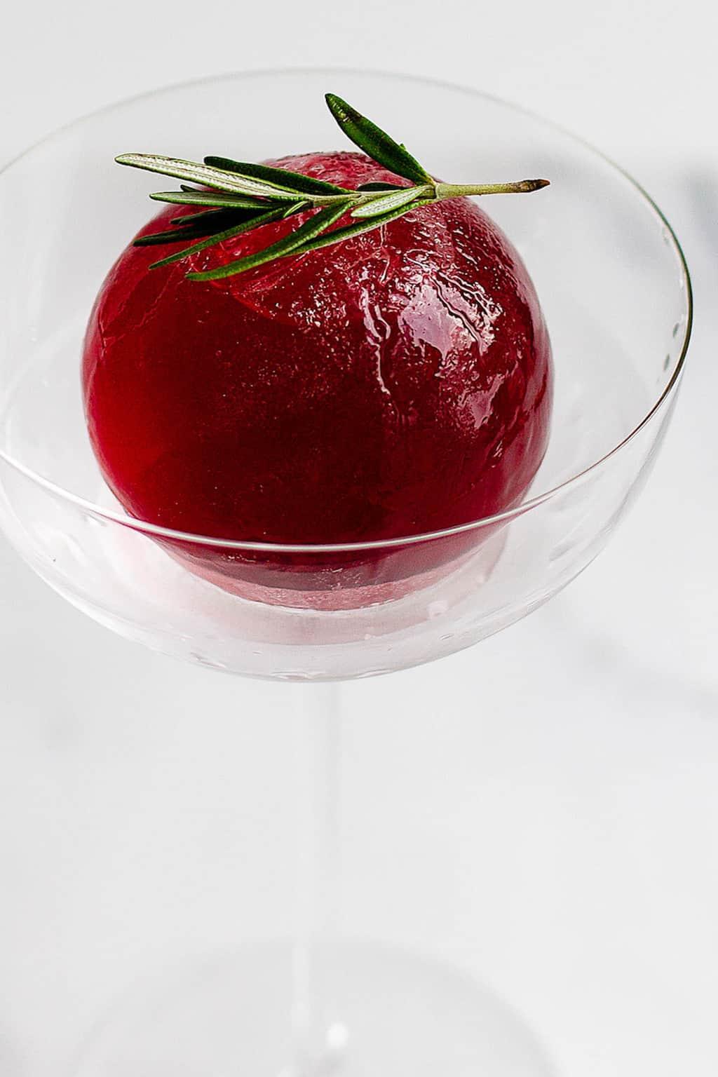 Cocktail Ice Sphere recipe by Sugar & Cloth, an award winning DIY blog.
