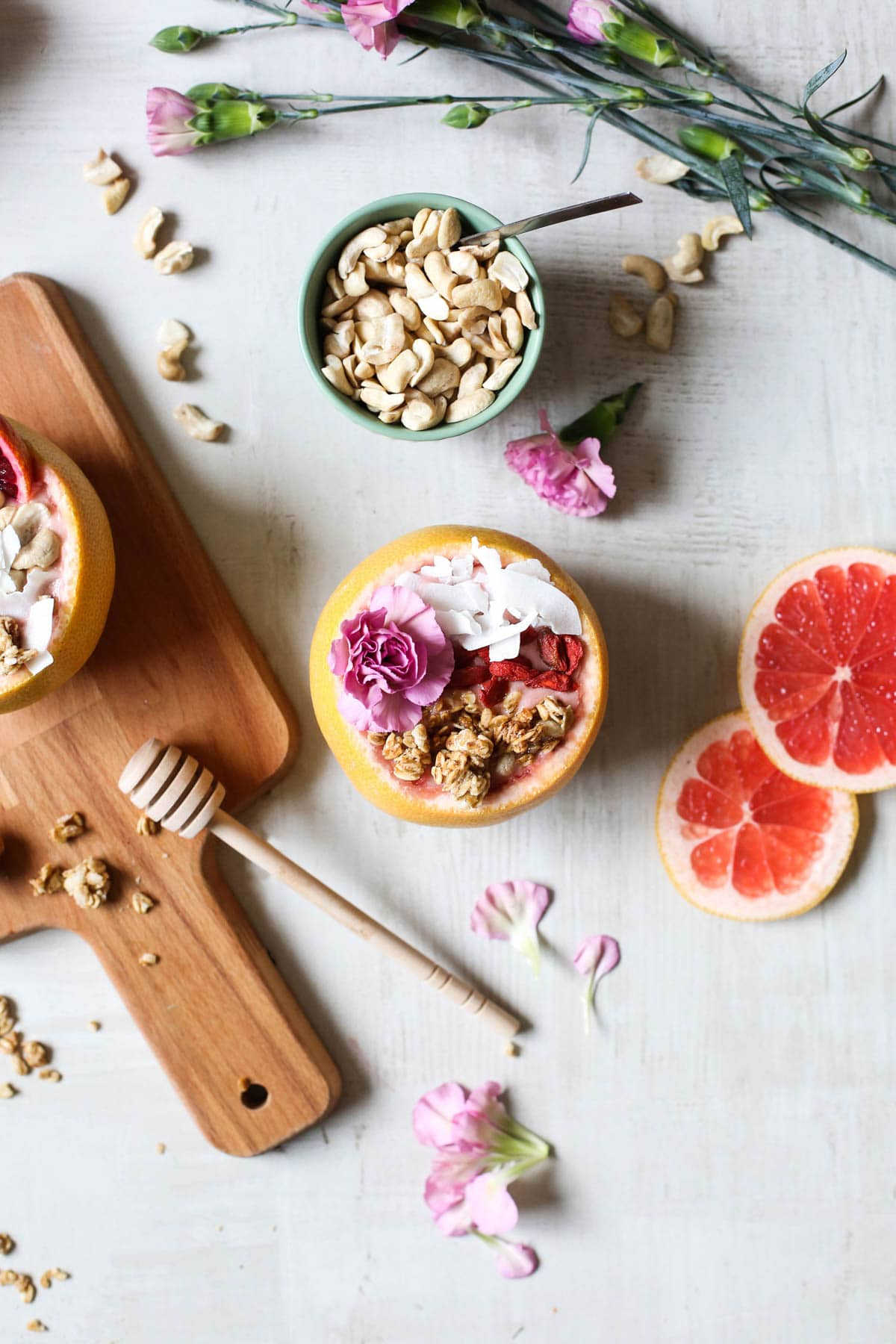 Winter Citrus Smoothie in Grapefruit Bowls by Sugar & Cloth, an award winning DIY blog.