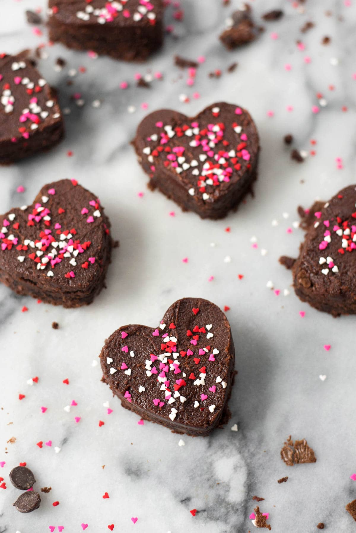The Perfect Frosted Brownies For Your Valentine by Sugar & Cloth, an award winning DIY blog.