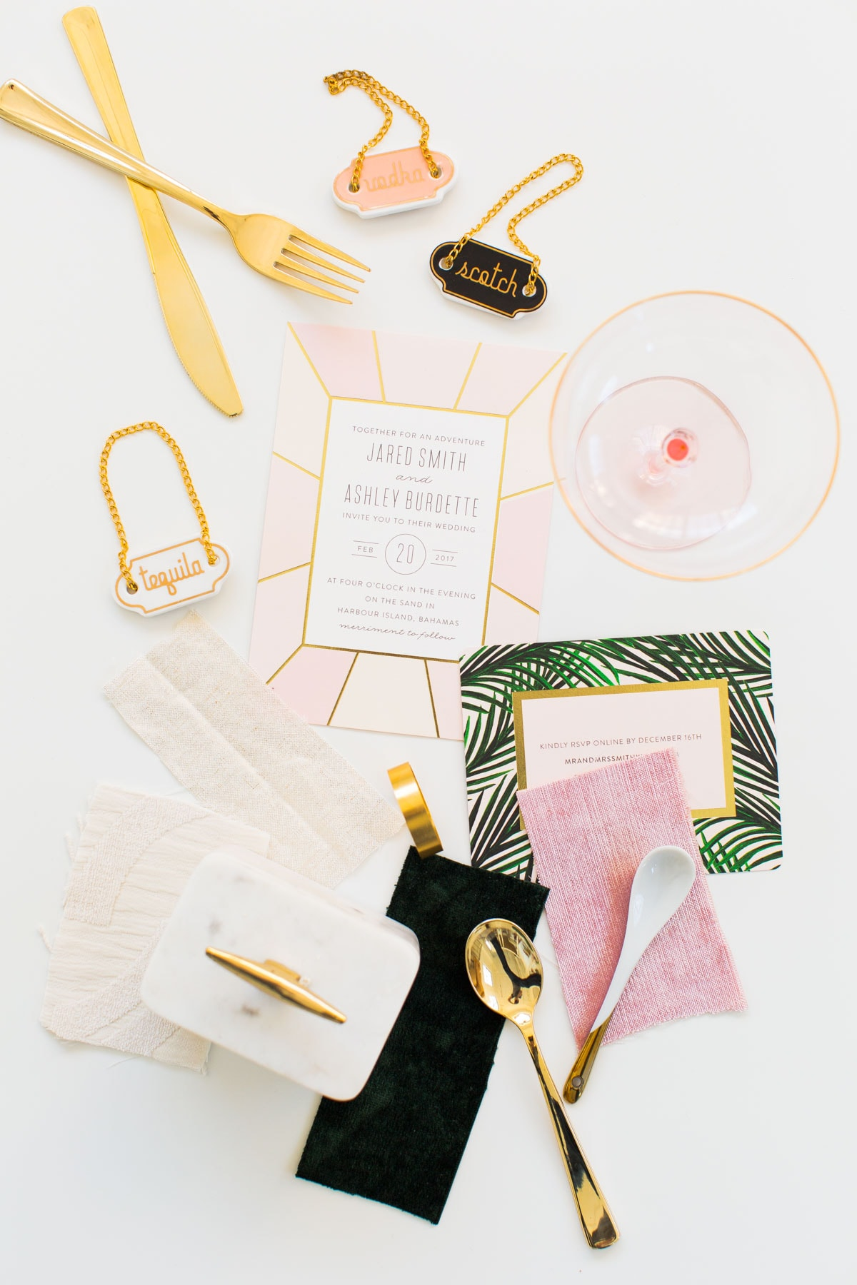 #SMITHSGONEMILD: A Major Plot Twist in Wedding Plans by top Houston lifestyle blogger, Ashley Rose of Sugar & Cloth