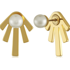 These Pearl & Gold Earrings are one of Sugar & Cloth's favorite style finds.